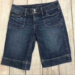 Banana Republic Classic Bermuda Jean Short Size 2